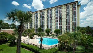 Rosen Inn Universal Collection
